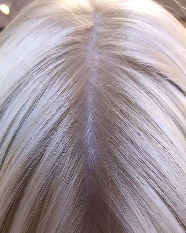Did you know that hair grows at an average rate of half an inch per month? Call us to book your next touch up appointment before those roots take over! (760) 230-4880_________________________________#instahair #instabeauty #atthesalon #salonlife #hair #hairspiration #hairsalon #haircolor #hairstyles #hairstyling #haircut #carlsbad #sandiego #sandiegohair #carlsbadhair #aveda #avedacolor #avedaproducts #avedaartist #smellslikeaveda #highlights #avedademiplus #dimension #avedaglobalartist #dimensionalblonde #damageremedy #blonde #roottouchup