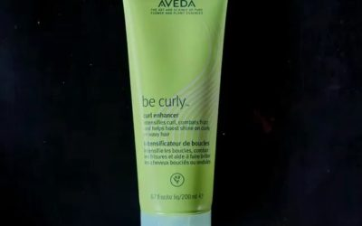 Enhance and define your gorgeous natural curls and waves with #BeCurly Curl Enhancer, a blend of wheat protein and aloe that helps intensify your natural curl or wave pattern. #knowwhatweremadeof
