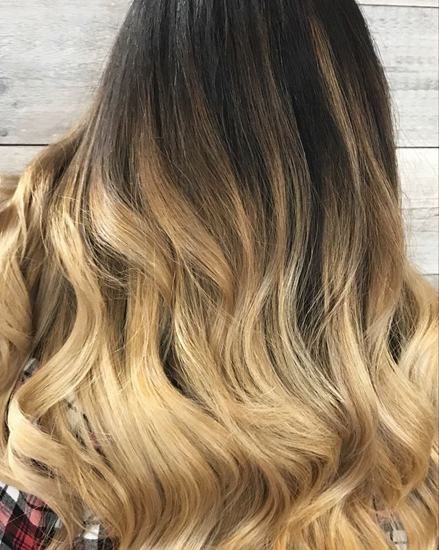 We live for transformations here at Pistachio! Our guest's virgin hair was made lighter and brighter using enlightener, and glazed with Aveda's Demi+! ?♀️_________________________________#instahair #instabeauty #atthesalon #salonlife #hair #hairspiration #hairsalon #haircolor #hairstyles #hairstyling #haircut #carlsbad #sandiego #sandiegohair #carlsbadhair #aveda #avedacolor #avedaproducts #avedaartist #smellslikeaveda #blonde #highlights #avedademiplus