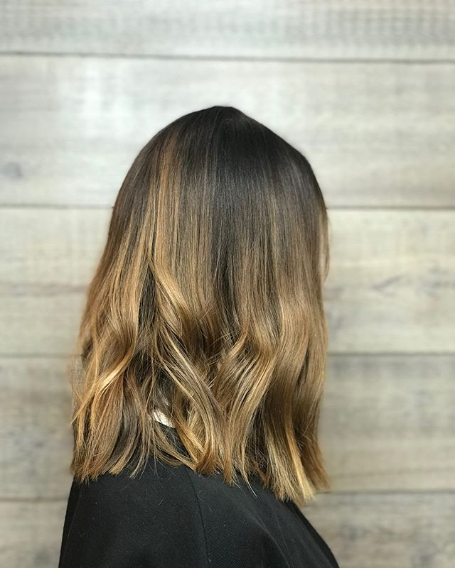 Soft transition with Aveda Full Spectrum and Demi + on this lady! Styled with a flat iron, Phomollient, Shampure Dry Conditioner and Air Control #aveda #avedademiplus #avedacolor #loveyourcolor #smellslikeaveda #lob #carlsbadsalon #shampuredryshampoo #knowwhatyouremadeof