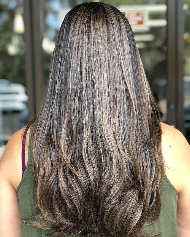 Smokey Brunette Bombshell ___________________________#instahair #instabeauty #atthesalon #salonlife #hair #hairspiration #hairsalon #haircolor #hairstyles #hairstyling #haircut #carlsbad #sandiego #sandiegohair #carlsbadhair #aveda #avedacolor #avedaproducts #avedaartist #smellslikeaveda #crueltyfree #botanicals #knowwhatyouremadeof #plazapaseoreal #smokeyhair