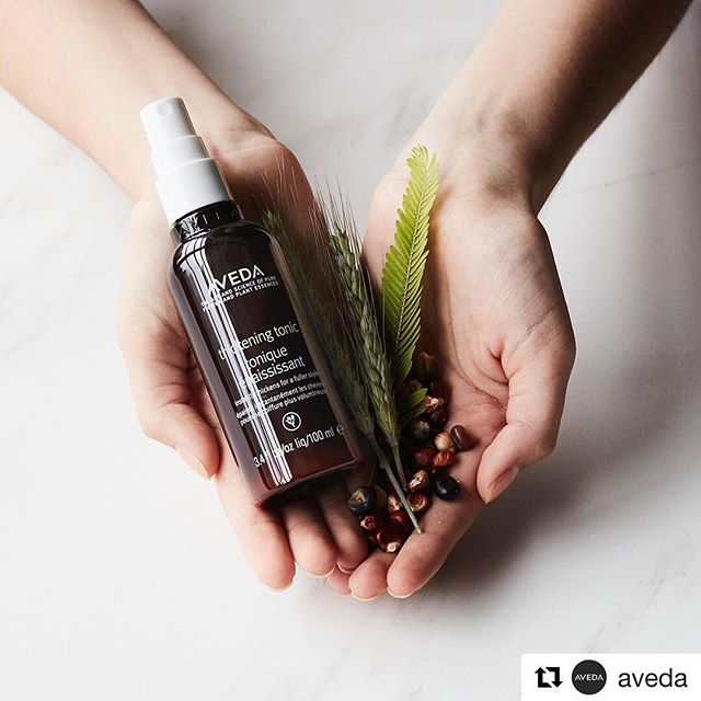 Botanical magic is in the hair every time you use #ThickeningTonic. Corn helps hold your style, amla instantly plumps every strand and wheat helps boost thickening. Plants are amazing, aren't they?