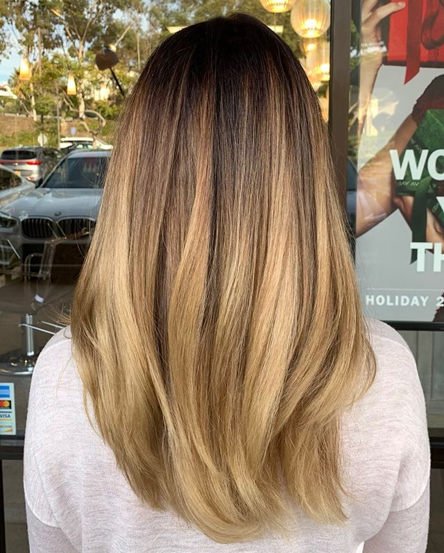 Coffee and Cream Balayage ️___________________________#instahair #instabeauty #atthesalon #salonlife #hair #hairspiration #hairsalon #haircolor #hairstyles #hairstyling #haircut #carlsbad #sandiego #sandiegohair #carlsbadhair #aveda #avedacolor #avedaproducts #avedaartist #smellslikeaveda #crueltyfree #botanicals #knowwhatyouremadeof #plazapaseoreal #beforeandafter #transformation #hairtransformation